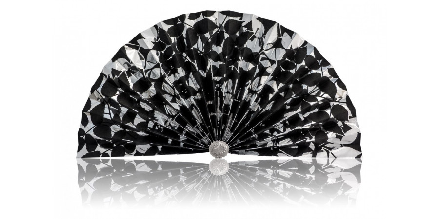 L494 Pleated Decorative Fan